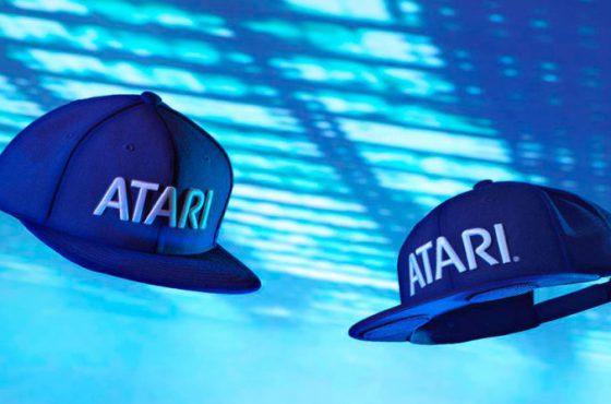 Atari desvela su nueva colección  de gorras con altavoces