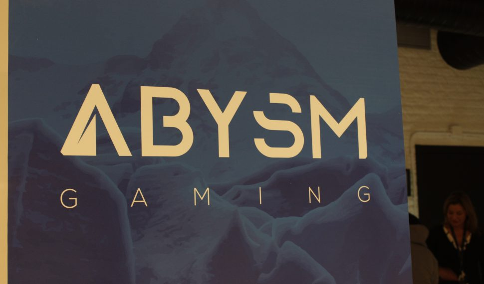 Abysm Gaming se estrena en España como un referente del Hardware y el Gaming