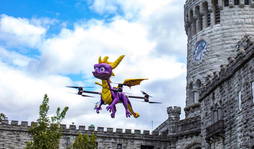 Spyro Reignited Trilogy celebra su lanzamiento con un dron de Spyro a tamaño real