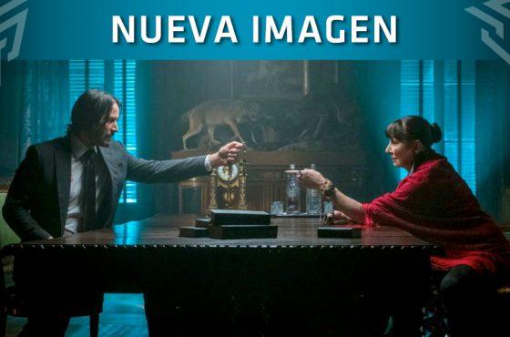 John Wick 3 presenta a Anjelica Huston con una nueva imagen