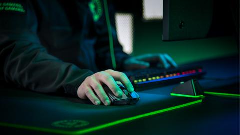 Razer presenta el ratón Razer Viper Ultimate con la tecnología HyperSpeed y Focus+